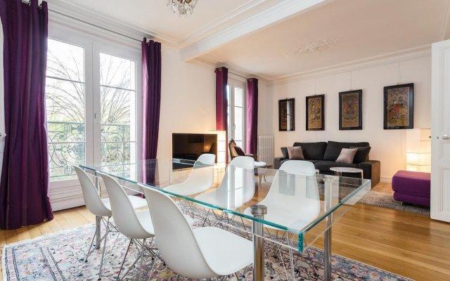 Апартаменты Squarebreak - Apartment close to the Sacré Coeur Париж комната для гостей
