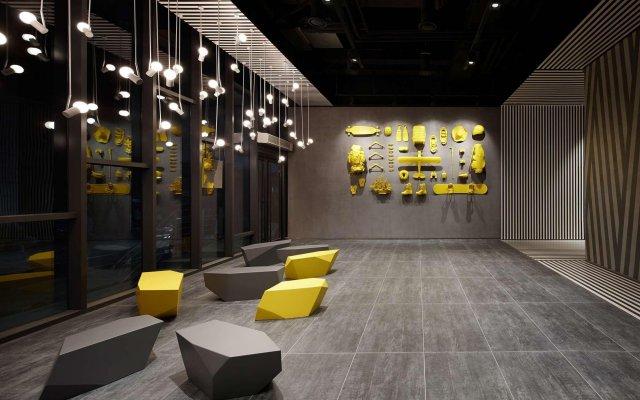 Отель L7 Myeongdong by LOTTE Южная Корея, Сеул - отзывы, цены и фото номеров - забронировать отель L7 Myeongdong by LOTTE онлайн вид на фасад