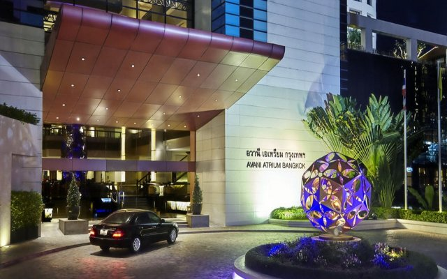 Отель Avani Atrium Bangkok Hotel Таиланд, Бангкок - 4 отзыва об отеле, цены и фото номеров - забронировать отель Avani Atrium Bangkok Hotel онлайн вид на фасад