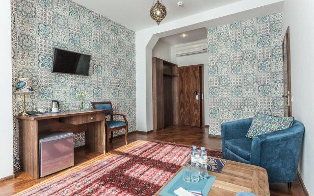 Гостиница Mini-hotel ''Silk Way'' в Санкт-Петербурге 7 отзывов об отеле, цены и фото номеров - забронировать гостиницу Mini-hotel ''Silk Way'' онлайн Санкт-Петербург комната для гостей