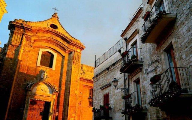 Отель La Muraglia Бари вид на фасад