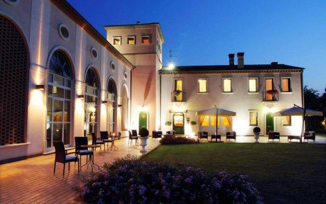 Отель Cà Rocca Relais Италия, Монселиче - отзывы, цены и фото номеров - забронировать отель Cà Rocca Relais онлайн вид на фасад
