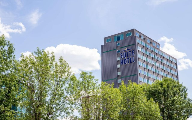 Campus Tower Suite Hotel вид на фасад