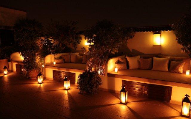 Отель Riad Dar Alfarah Марокко, Марракеш - отзывы, цены и фото номеров - забронировать отель Riad Dar Alfarah онлайн вид на фасад