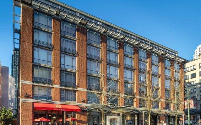 Отель Opus Hotel Канада, Ванкувер - отзывы, цены и фото номеров - забронировать отель Opus Hotel онлайн вид на фасад