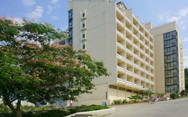 Гостиница АкваЛоо вид на фасад