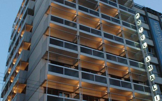Отель Amalia вид на фасад