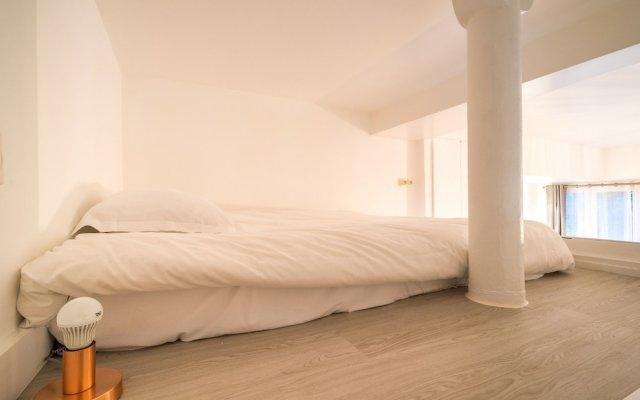 Отель Garden Loft - AC -Wifi комната для гостей