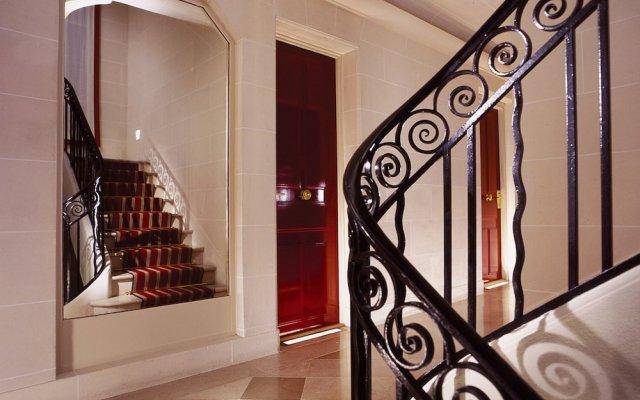 Отель Hôtel de Banville Франция, Париж - отзывы, цены и фото номеров - забронировать отель Hôtel de Banville онлайн вид на фасад