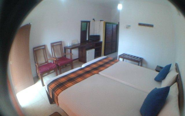 Отель Larns Villa комната для гостей