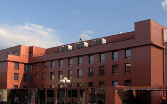 Hotel Presidivm Palace вид на фасад