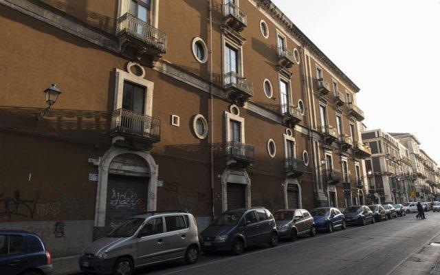 Отель Palazzo Bruca Catania Италия, Катания - отзывы, цены и фото номеров - забронировать отель Palazzo Bruca Catania онлайн вид на фасад