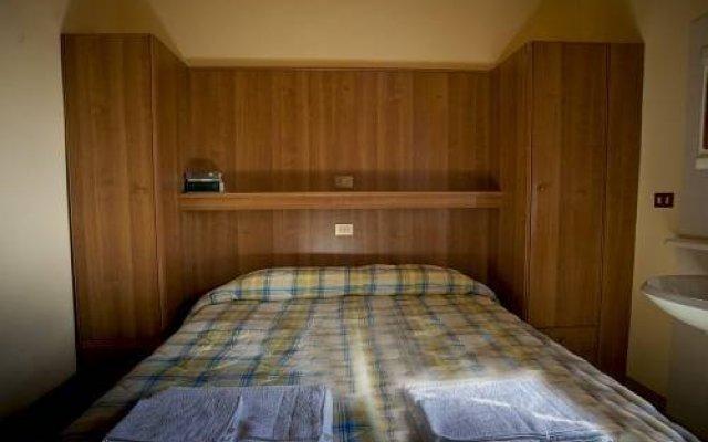 Отель Casa Madonna Del Rifugio Синалунга комната для гостей