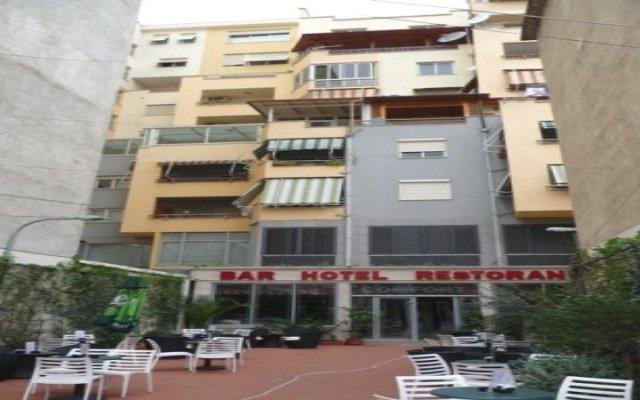 Отель Comfort Албания, Тирана - отзывы, цены и фото номеров - забронировать отель Comfort онлайн вид на фасад