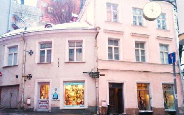 Отель Tabinoya - Tallinn's Travellers House вид на фасад