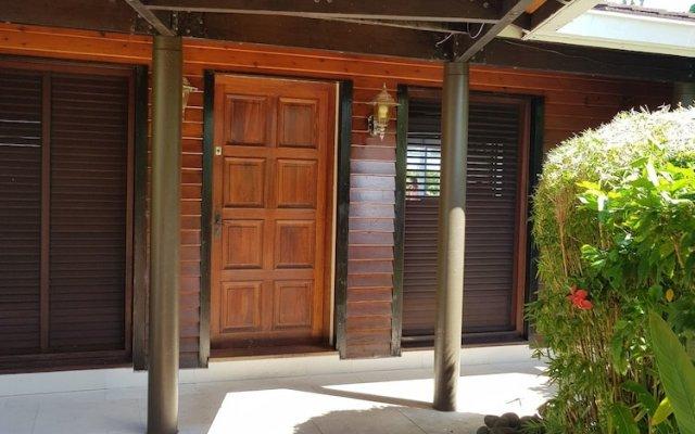 Отель Villa Riviera - Tahiti Французская Полинезия, Пунаауиа - отзывы, цены и фото номеров - забронировать отель Villa Riviera - Tahiti онлайн вид на фасад