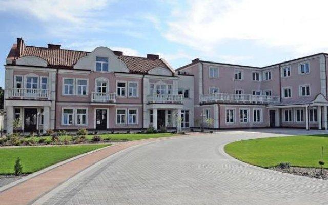 Hotel Arkadia Royal Варшава вид на фасад