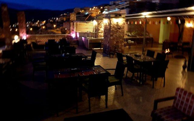 Отель Tetra Tree Hotel Иордания, Вади-Муса - отзывы, цены и фото номеров - забронировать отель Tetra Tree Hotel онлайн вид на фасад