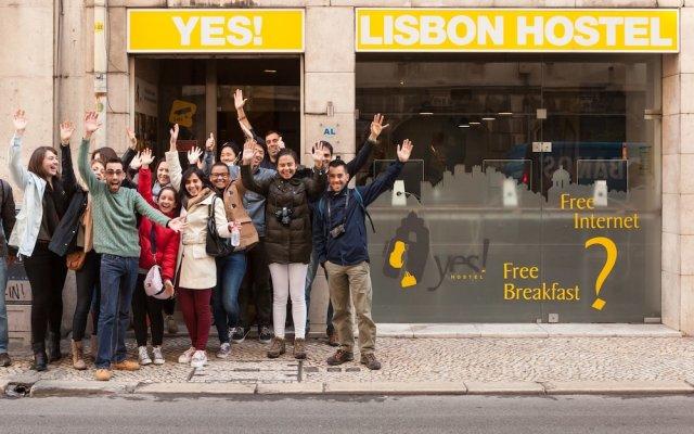 Yes! Lisbon Hostel Лиссабон вид на фасад