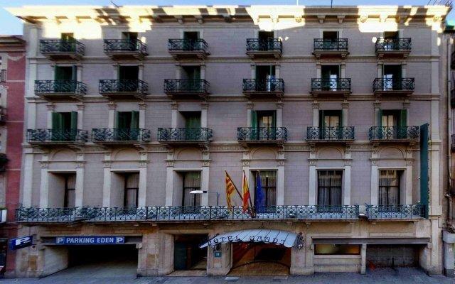 Отель Gaudi вид на фасад