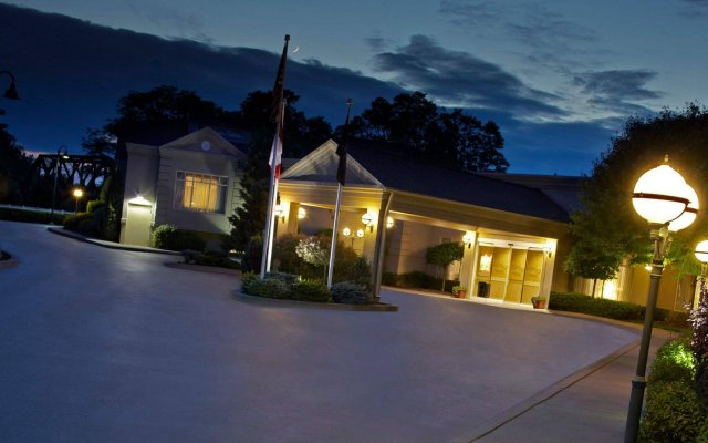 the del monte lodge renaissance rochester hotel spa pittsford rh zenhotels com