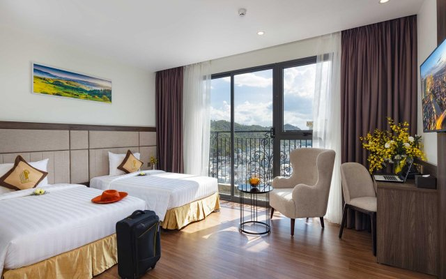 Daphovina Hotel Нячанг комната для гостей