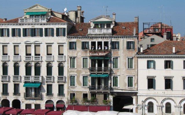 Отель Antica Locanda Sturion - Residenza d'Epoca Италия, Венеция - отзывы, цены и фото номеров - забронировать отель Antica Locanda Sturion - Residenza d'Epoca онлайн вид на фасад