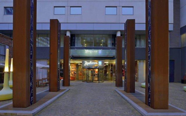 Radisson Blu Hotel, Liverpool вид на фасад