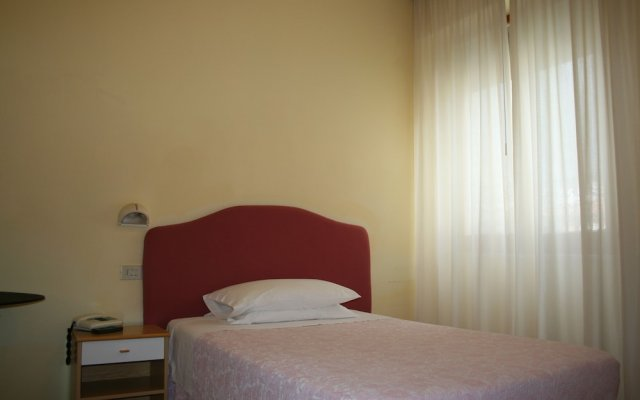 Hotel Risorgimento Кьянчиано Терме комната для гостей