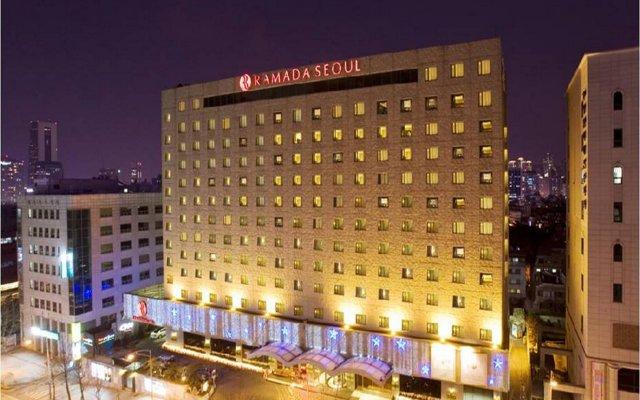 Отель Ramada Seoul Южная Корея, Сеул - отзывы, цены и фото номеров - забронировать отель Ramada Seoul онлайн вид на фасад
