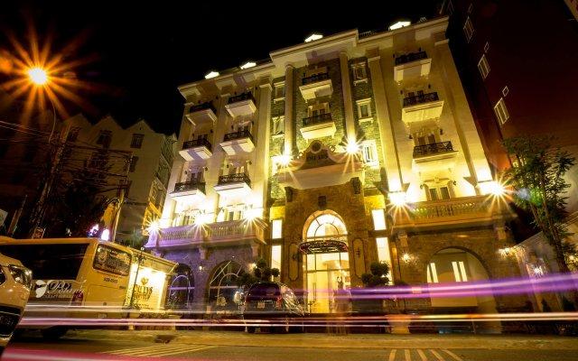 Hotel Du Lys Dalat Далат вид на фасад