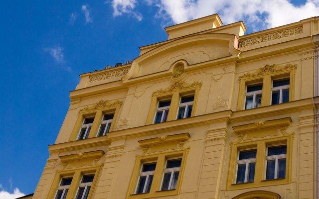 Отель Hastal Old Town Прага вид на фасад