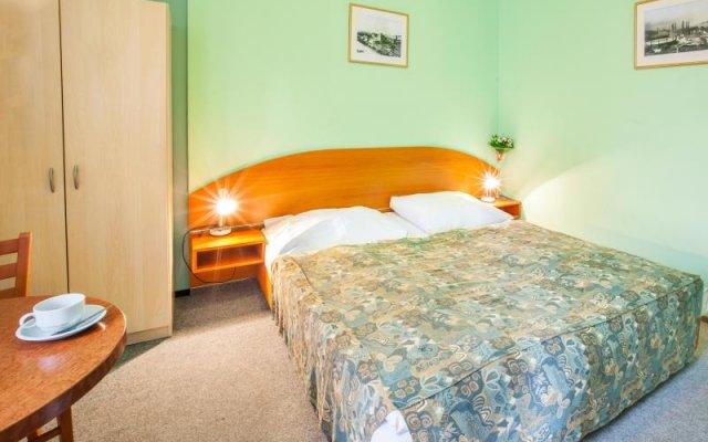 Отель Vacation Rental In The City Center Of Prague комната для гостей