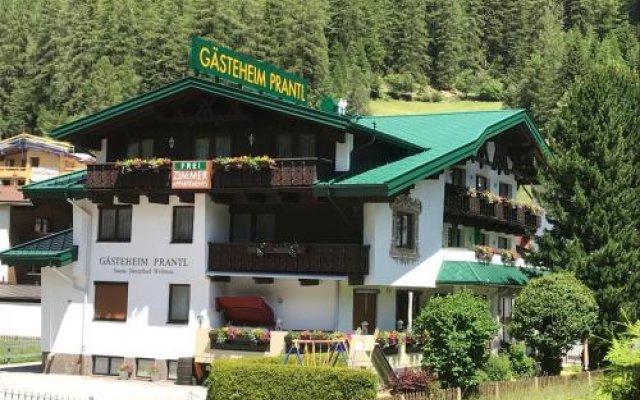 Отель Gasteheim Prantl Австрия, Хохгургль - отзывы, цены и фото номеров - забронировать отель Gasteheim Prantl онлайн вид на фасад