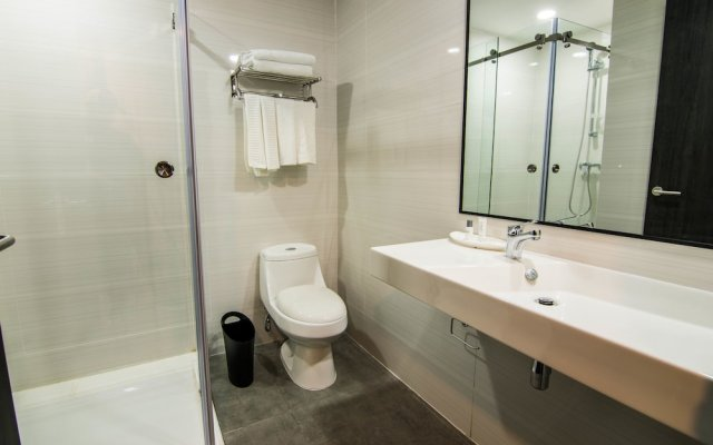 Innfiniti Hotel & Suites 2