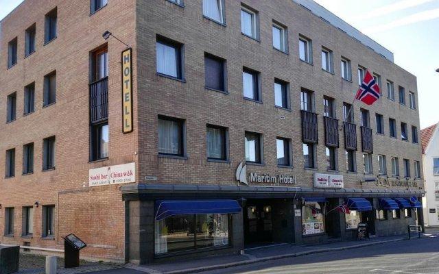 Maritim Hotel вид на фасад