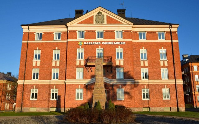 Отель STF Hostel Karlstad Швеция, Карлстад - отзывы, цены и фото номеров - забронировать отель STF Hostel Karlstad онлайн вид на фасад