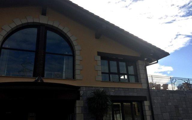 Отель Hostal Oianume Испания, Урньета - отзывы, цены и фото номеров - забронировать отель Hostal Oianume онлайн вид на фасад
