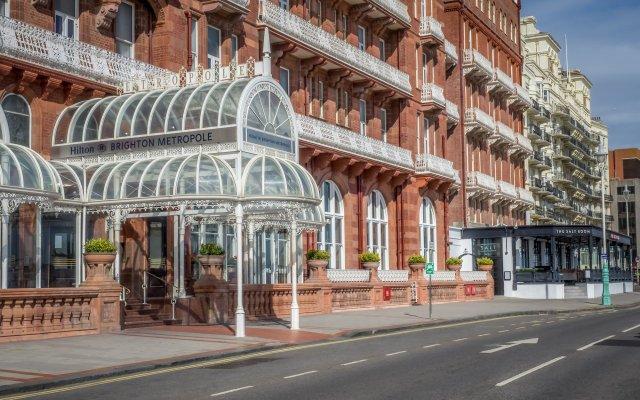 Отель Hilton Brighton Metropole вид на фасад