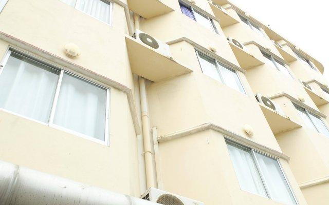 Отель PJ Inn Pattaya вид на фасад