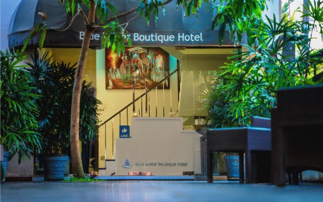 Blue Water Boutique Hotel вид на фасад
