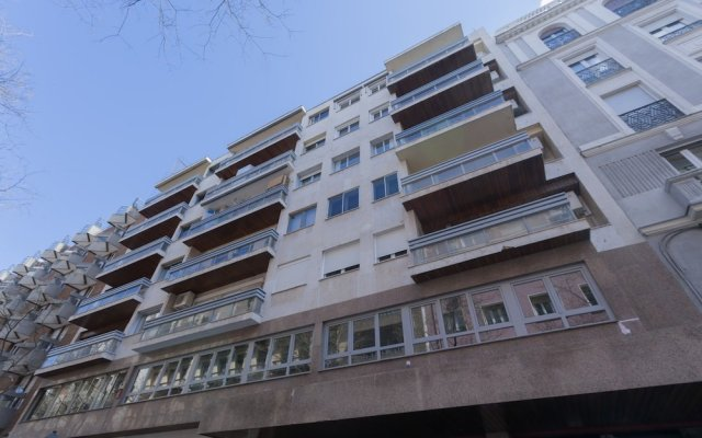 Отель Apartamento Luxury II вид на фасад
