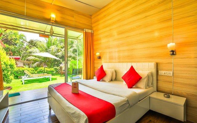 Отель OYO 14197 Curlies Zulu Land Cottages Гоа комната для гостей