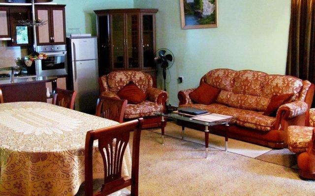 Отель Mimino Guesthouse Дилижан комната для гостей