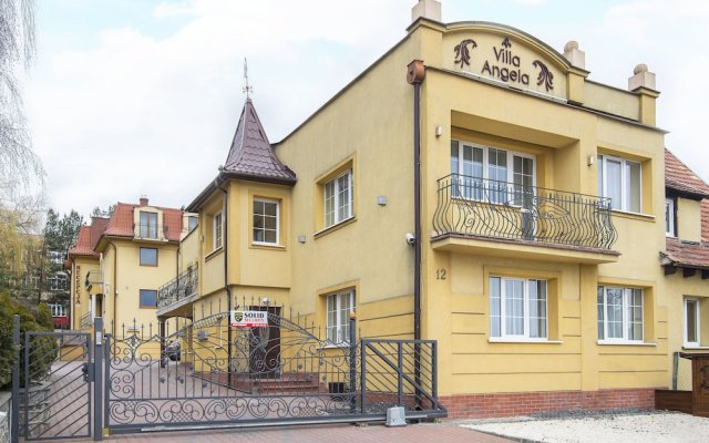 Отель Villa Angela вид на фасад