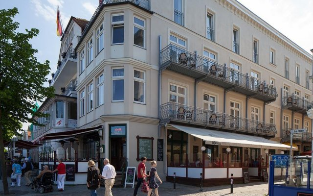 Отель Aparthotel Stephan Jantzen Германия, Росток - отзывы, цены и фото номеров - забронировать отель Aparthotel Stephan Jantzen онлайн вид на фасад