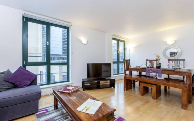 Club Living - Tower Hill Apartments