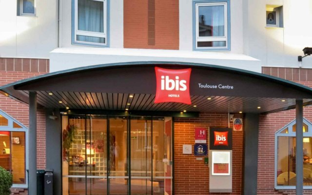 Отель Ibis Toulouse Centre Франция, Тулуза - отзывы, цены и фото номеров - забронировать отель Ibis Toulouse Centre онлайн вид на фасад