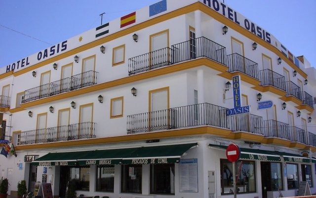 Hotel Oasis вид на фасад