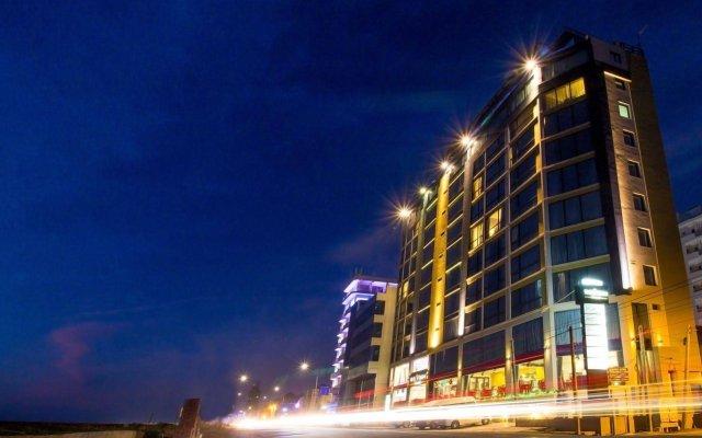 Отель The Ocean Colombo вид на фасад